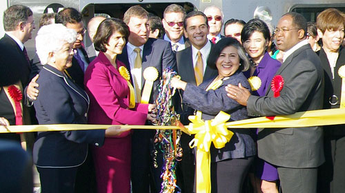 Gold Line Eastside Extension ribbon cutting